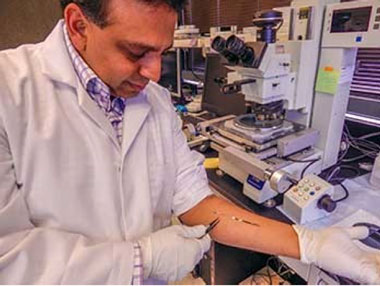 Sat pannu, an ldrd researcher, and livermore's neural tech group are working to develop neural interface systems that measure and decode motor signals recorded in peripheral nerves and muscles in the forearm by using tiny electrodes.