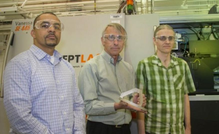Additive manufacturing ldrd researchers manyalibo matthews (left) and wayne king (center) and gabe guss, engineering associate (right).